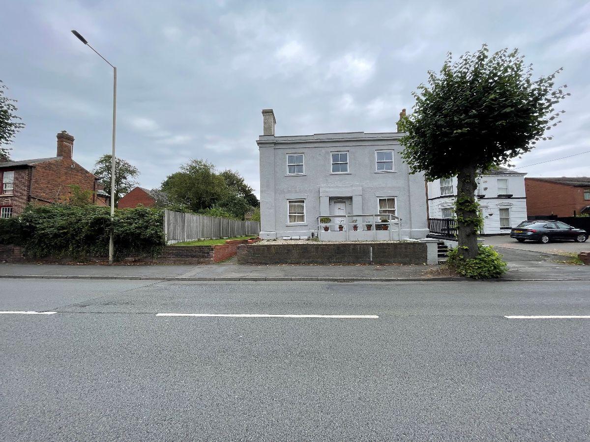 Dixons Green Road, Dudley