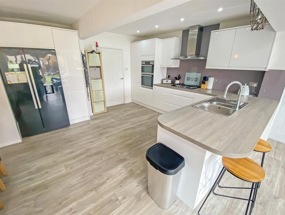 Open Plan Day Room, With Living/Dining/Kitchen Area