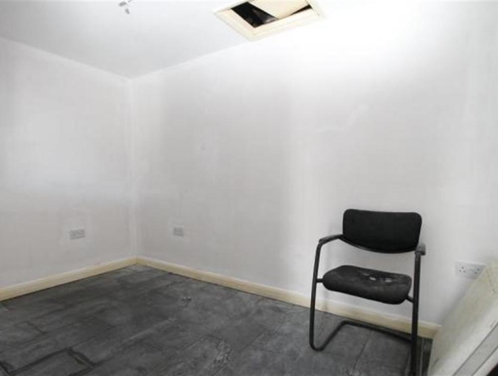 Separate Room/Office